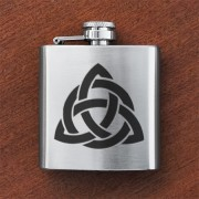 HF3 CI - Sporran Flask Celtic Interlace